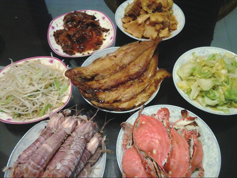 老妈做菜远近闻名.尤其是做的家常菜 ,谁吃谁说好.图片